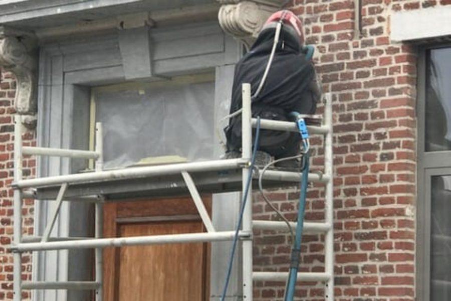 Gevelrenovatie - Fijnstralen van gebouwen